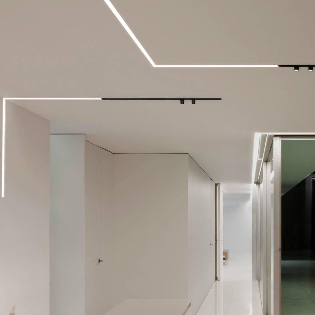FLOS Running Magnet 20 Recessed  LumiGroup