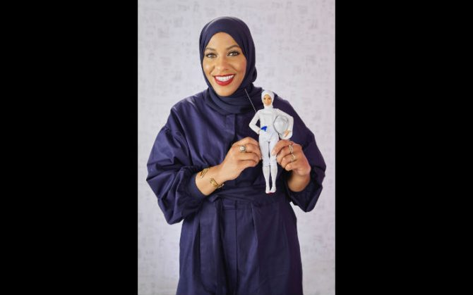 (la prima atleta a gareggiare con l'hijab), bella di twilight,. Le 10 Curiosita Da Sapere Su Barbie Foto Sky Tg24