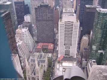 New York City : 5th Avenue, Rockefeller Center, St Patrick's Cathedral, Flatiron Building, Madison Square Park, Shake Shack's, Little Italy, Soho, Greenwich Village, Time Square photo 33