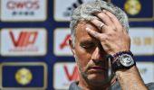 تقارير تكشف أسرار المشاجرة في غرفة ملابس مانشستر يونايتد أثناء مباراة الديربي.. هل كان مورينيو السبب؟!