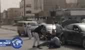 بالفيديو.. شباب يفترشون الشارع وبتناولون الشيشة بالإحساء
