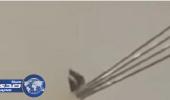 إحالة مصور مقطع اختراق أسلاك الكهرباء لنافذة مواطن بمحايل عسير للتحقيق