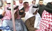بالفيديو .. الأمير سلطان بن سلمان يمازح طياراً زامله في عمل سابق
