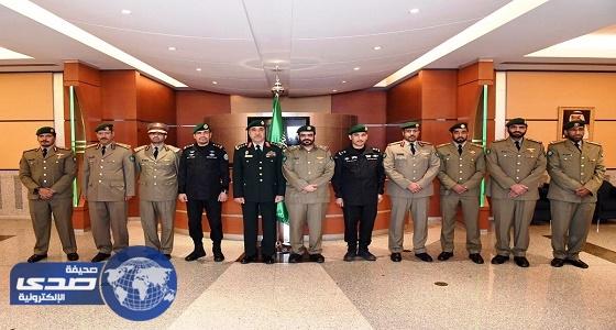قائد الحرس الأميري القطري يزور الحرس الملكي