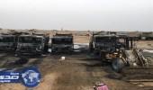 بالصور .. مجهولون يحرقون آليات الشركة المنفّذة لطريق « الرياض – الطائف »