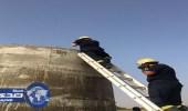 مدني القنفذة ينتشل جثمان ثلاثيني من داخل خزان دائري