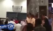بالفيديو.. مشاجرة جماعية في «مول» بين حارس أمن ومجموعة أشخاص