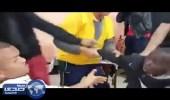 بالفيديو.. كوميديون يروعون طفلٍ إفريقيّ دخلّ مطعماً طلباً للأكل