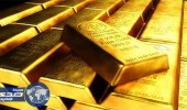 أسعار الذهب تتماسك بصعوبة وتتجه لأول انخفاض شهري منذ ديسمبر