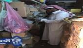 بالصور.. بلدية صبيا تصادر 2086 كرتونًا من السلغ الغذائية الفاسدة