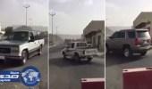 بالفيديو.. سيارات تسير عكس الاتجاه في طريق الأمير سلطان بنجران