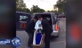 بالفيديو.. طالبة أمريكية تصل إلى حفل تخرجها داخل نعش لتتفوق على شقيقها