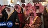 بالصور.. أمير الرياض والمفتي في مقدمة مودعي السديري