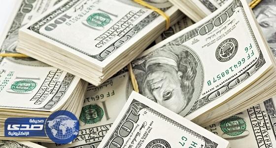 الدولار الأمريكي يسجل أعلى مستوى أمام العملة اليابانية