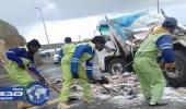 حادث مروري بين مركبتين على طريق السودة السياحي