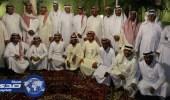 23 موظفاً فرقتهم الأيام وجمعهم «الواتساب»