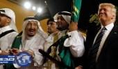 بالفيديو.. رؤساء شاركوا في أداء العرضة خلال زيارتهم للمملكة