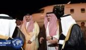 بالفيديو والصور.. أمير المدينة يستقبل نائبه الأمير سعود بالمطار