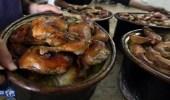 بالفيديو.. حيلٌ بسيطة للحفاظ على الطعام ساخناً وقت الإفطار
