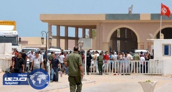 تونس تمنع سيارات تهريب قادمة من ليبيا من دخول أراضي البلاد