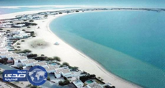 أمانة الشرقية تكشف حقيقة وجود ثعابين في شاطئ «نصف القمر»