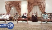 بالصور.. محافظ أملج يستقبل مسؤولو المحافظة المبايعين لسمو ولي العهد