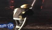 بالصور.. مدني خميس مشيط يسيطر على حريق في مزرعة مهجورة بالمثناة