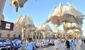 بالصور.. المظلات ومراوح الرذاذ تلّطف الأجواء بساحات المسجد النبوي