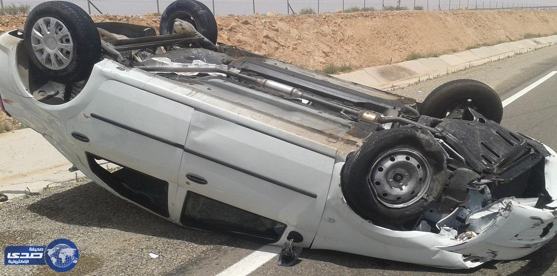 بالصور .. نجاة سائق من حادث مروع