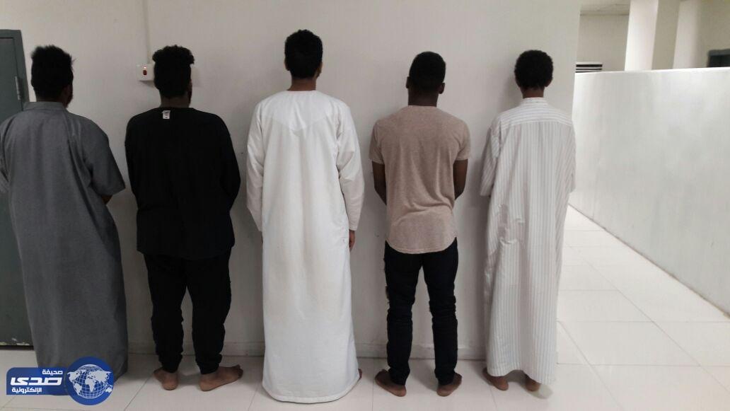 شرطة الرياض تطيح بعصابة مكونة من 6 سارقين ..فيديو