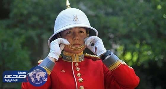 أول أمراة في التاريخ تتولى مراسم تغيير حرس الملكة البريطانية
