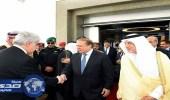رئيس وزراء باكستان يصل جدة
