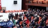 البرلمان التركي يوافق على نشر قوات في قطر