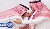 بالفيديو والصور.. محمد بن نايف يبايع محمد بن سلمان وليا للعهد في قصر الصفا