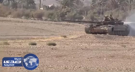 بالفيديو.. الجيش السوري يسيطر على حقل أراك النفطي