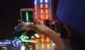 سباق زوار مهرجان أبها للتسوق على توثيق الفعاليات