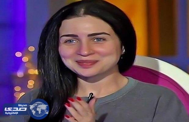 بالفيديو.. صديق مي عز الدين يطلبها للزواج وتُفاجأه بردها !
