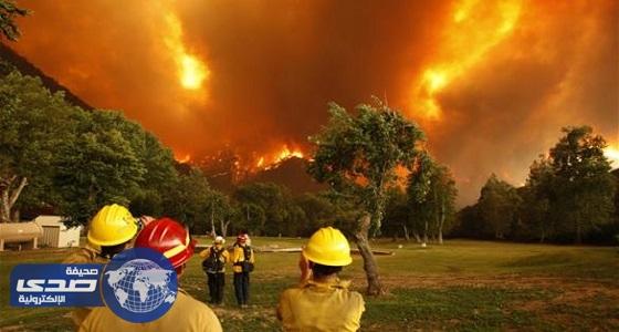 السيطرة علي حرائق غابات كاليفورنيا
