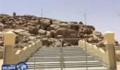 تطوير مكة: سلم جبل الرحمة يمنع التدافع بين الحجيج