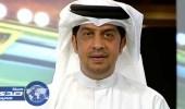 بالفيديو ..المعلق الإماراتي عدنان حمد يلقي بهاتفه في المرحاض