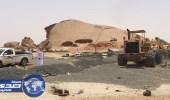 """بالصور.. إزالة تعديات على أراضٍ حكومية شمال غرب """" الدواسر """""""
