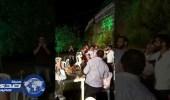 بالفيديو.. شخص يفقد السيطرة على سلاحه في حفل زفاف بلبنان