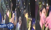 بالفيديو.. نٌشطاء يسخرون من رقص شيرين بعباءة في فرح شعبي