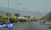 هطول أمطار متوسطة على رجال ألمع