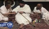 بالصور.. الأمير عبدالعزيز بن فهد يؤدي مناسك الحج