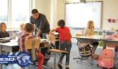 تلميذ بإستونيا يطالب بتبكير الدراسة