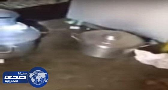 """بالفيديو.. مصادرة عربة """" الفود ترك """" المخالفة في الخرج"""