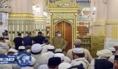 بالصور.. جهود أمن المسجد النبوي في تنظيم الحشود بالروضة والمواجهة الشريفة