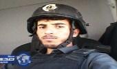 بالصور.. مقيم يتجول في حي المسورة مرتديا درعا واقيا للرصاص