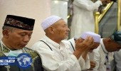 5 صور لحشود الزائرين في الروضة الشريفة بالحرم النبوي